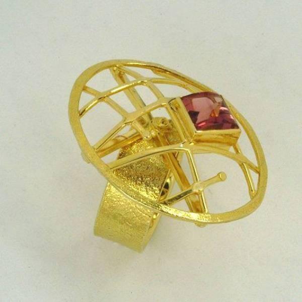 Χρυσό δαχτυλίδι 14Κ η' 18Κ με συνθετική η' ημιπολύτιμη πέτρα