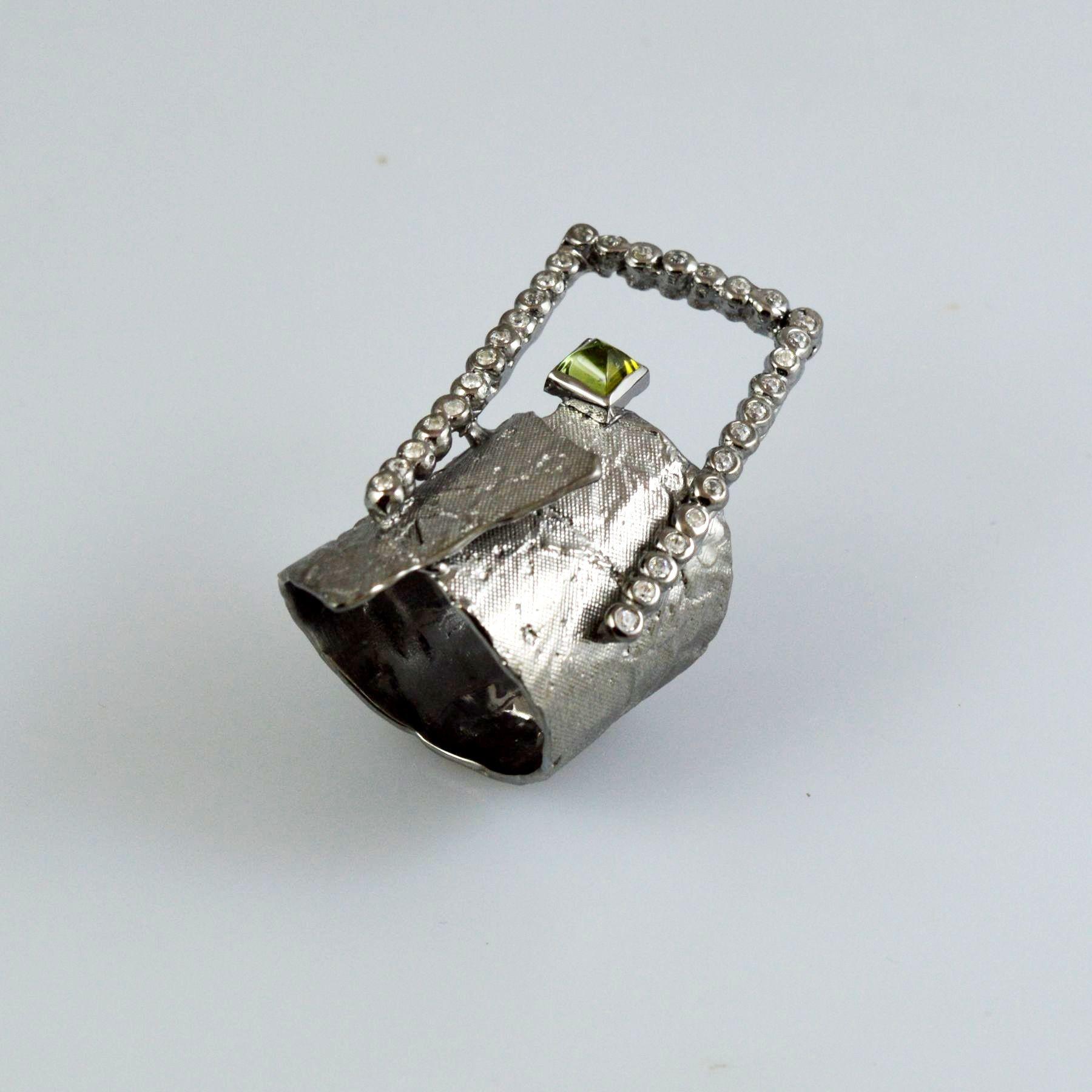 Δαχτυλίδι χειροποίητο από ασήμι 925 με μαύρη επιροδίωση και κυβικά ζιρκόνια και τουρμαλίνη