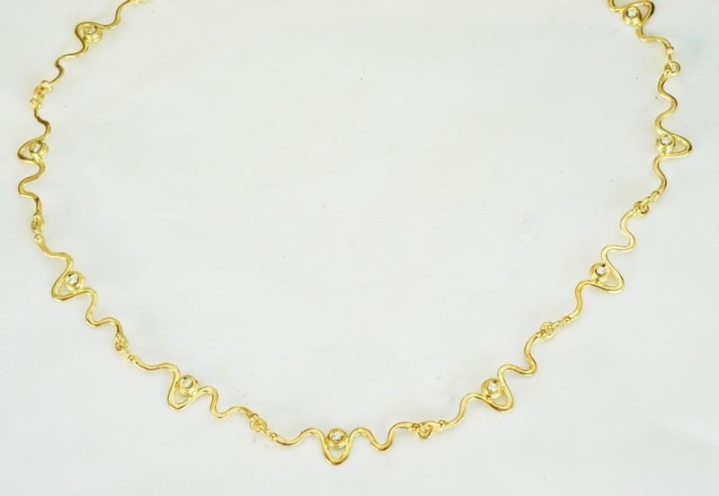 Χρυσό περιδέραιο 14Κ η' 18Κ με συνθετικές πέτρες η' διαμάντια