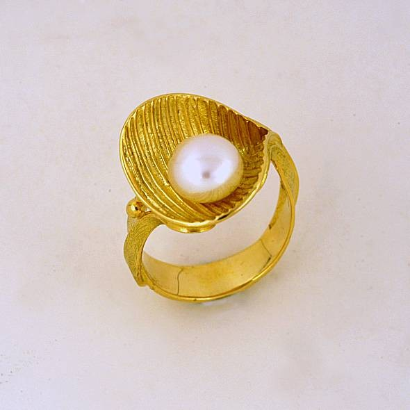 Χρυσό δαχτυλίδι 14Κ η' 18Κ με μαργαριτάρι