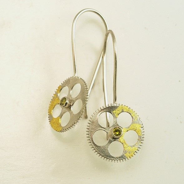 Silver earrings 925 rhodium plated with gold leaf 22K and synthetic stones