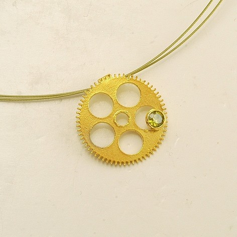 Silver pendant 925 gold plated with synthetic stones