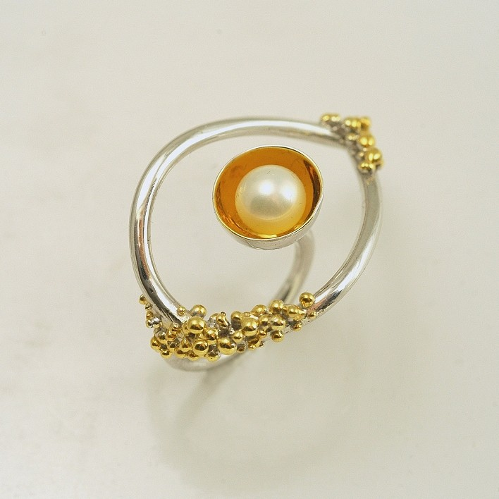 Silver ring 925 rhodium and gold plated with pearl