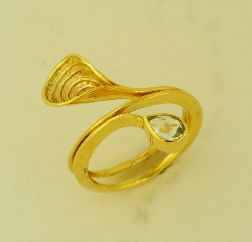 Gold ring 14K or 18K with semiprecious stones