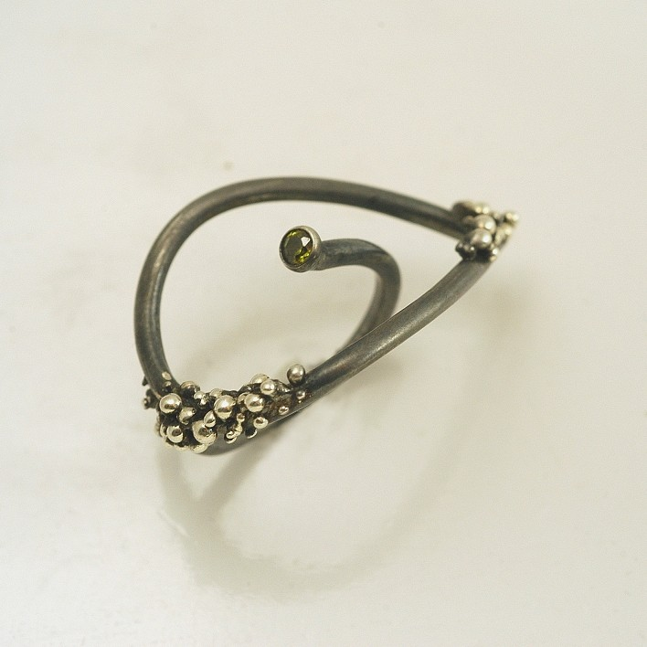 Silver ring 925 rhodium and black rhodium plated with synthetic stones