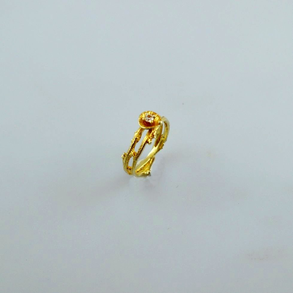 Gold ring 14K or 18K with diamonds brilliant cut