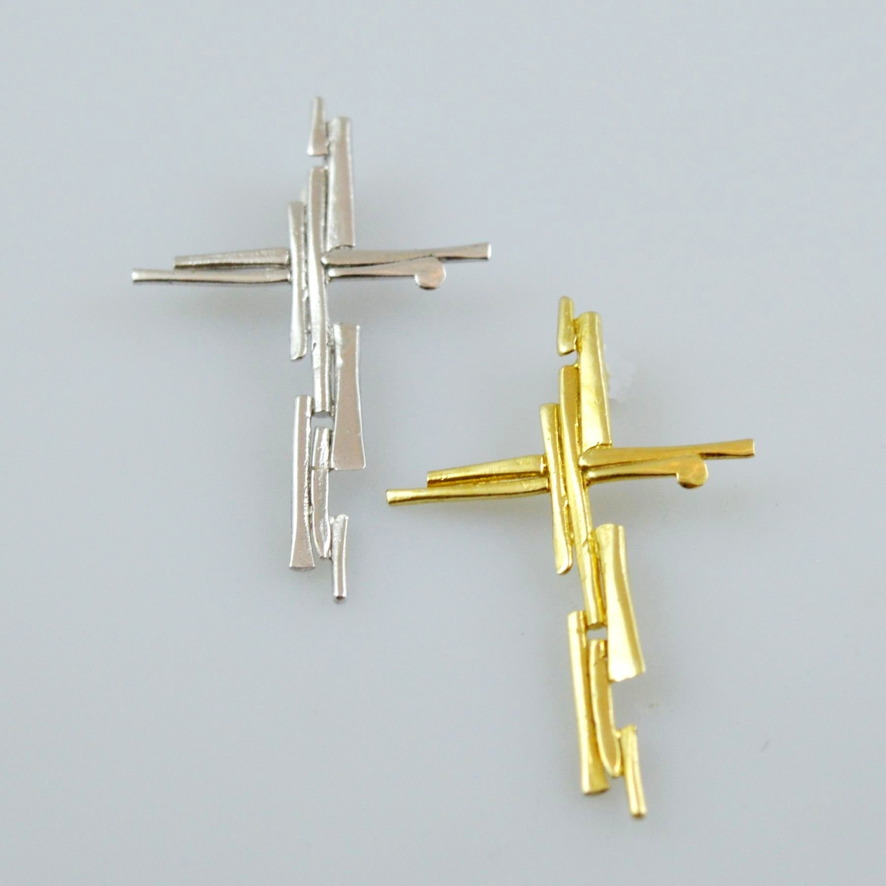 Gold or white gold cross 14K or 18K