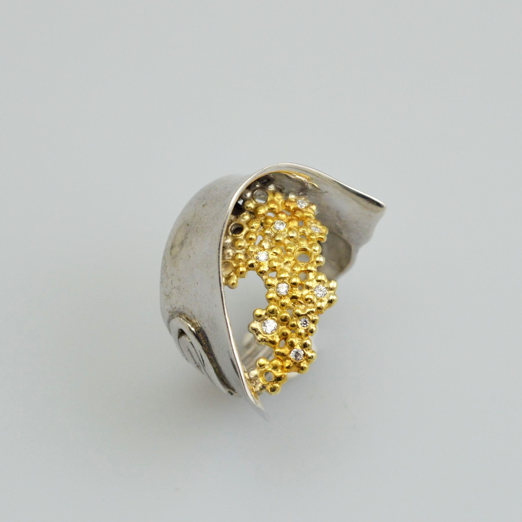 Silver ring 925 rhodium and gold plated with synthetic stones