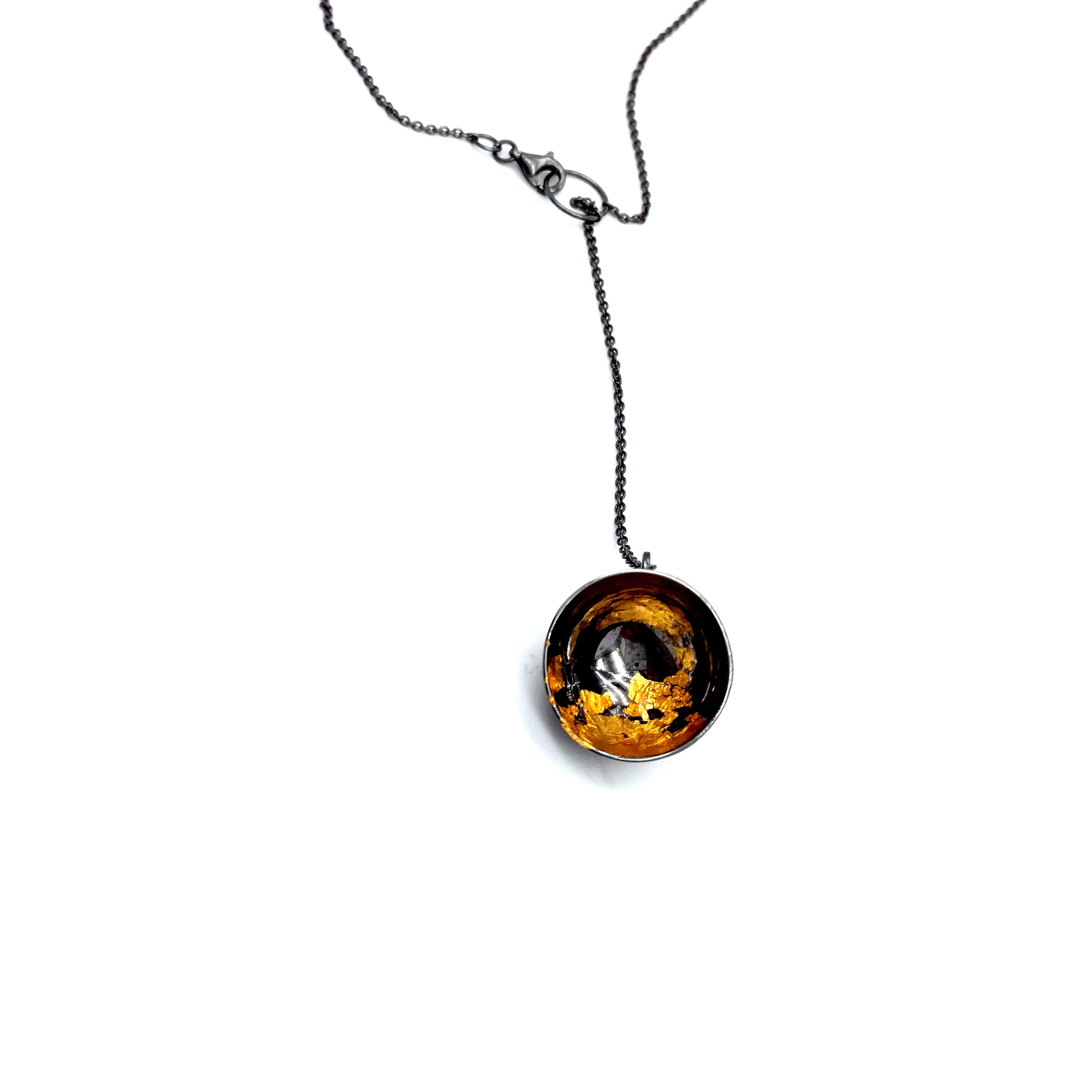 Silver necklace 925 black rhodium plated with resin and gold leaf 22K