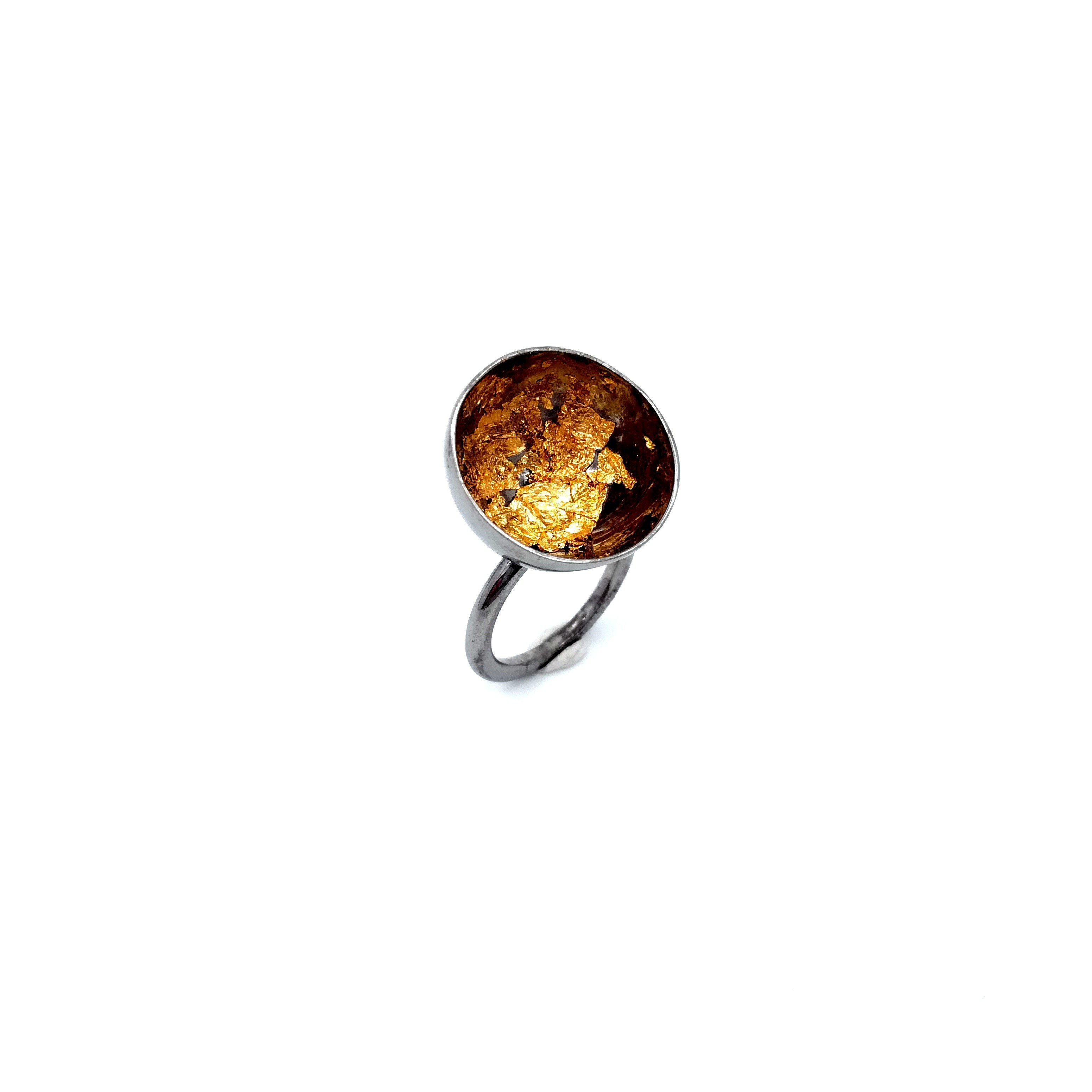 Silver ring 925 rhodium plated with resin and gold leaf 22K