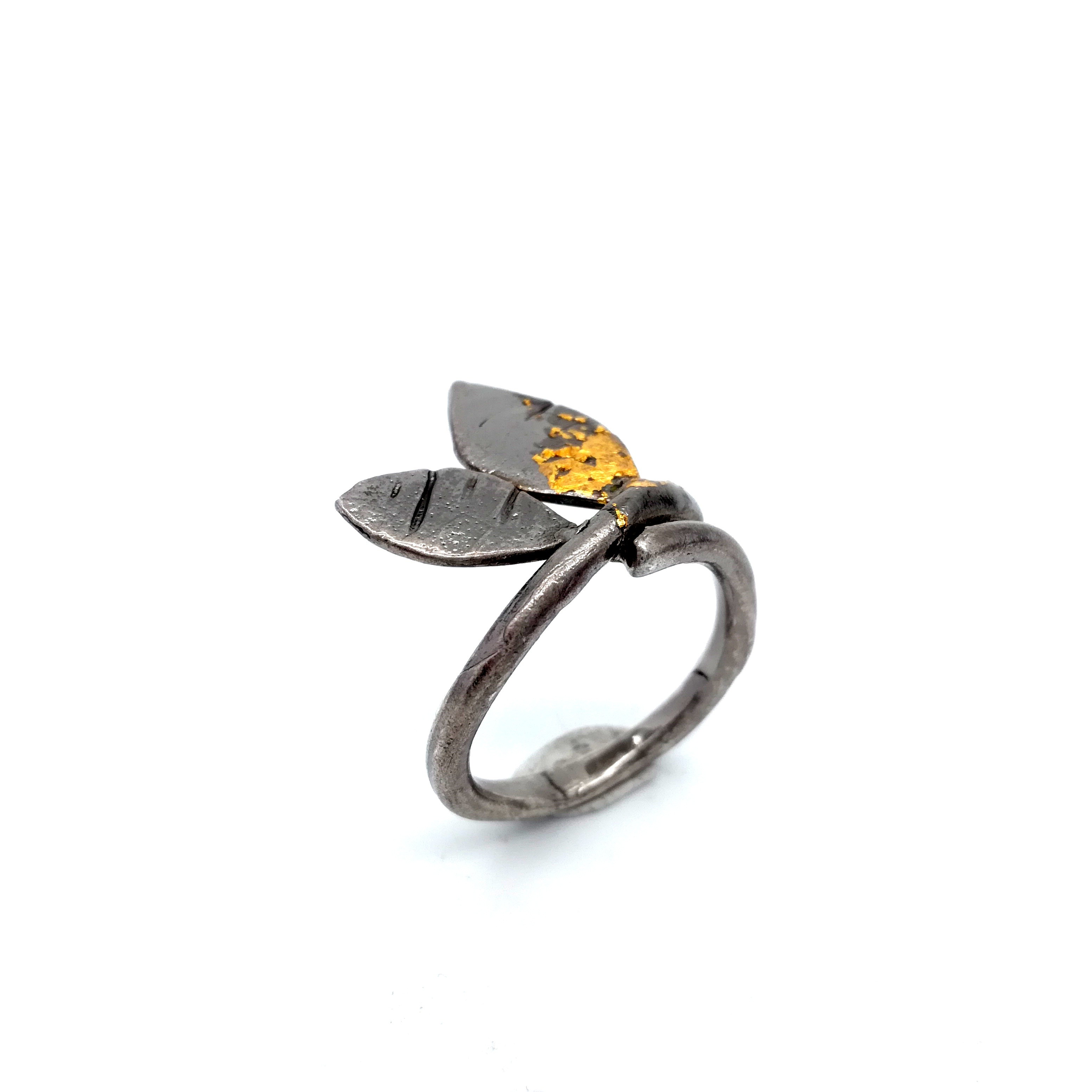 Silver ring 925 black rhodium plated with gold leaf 22K