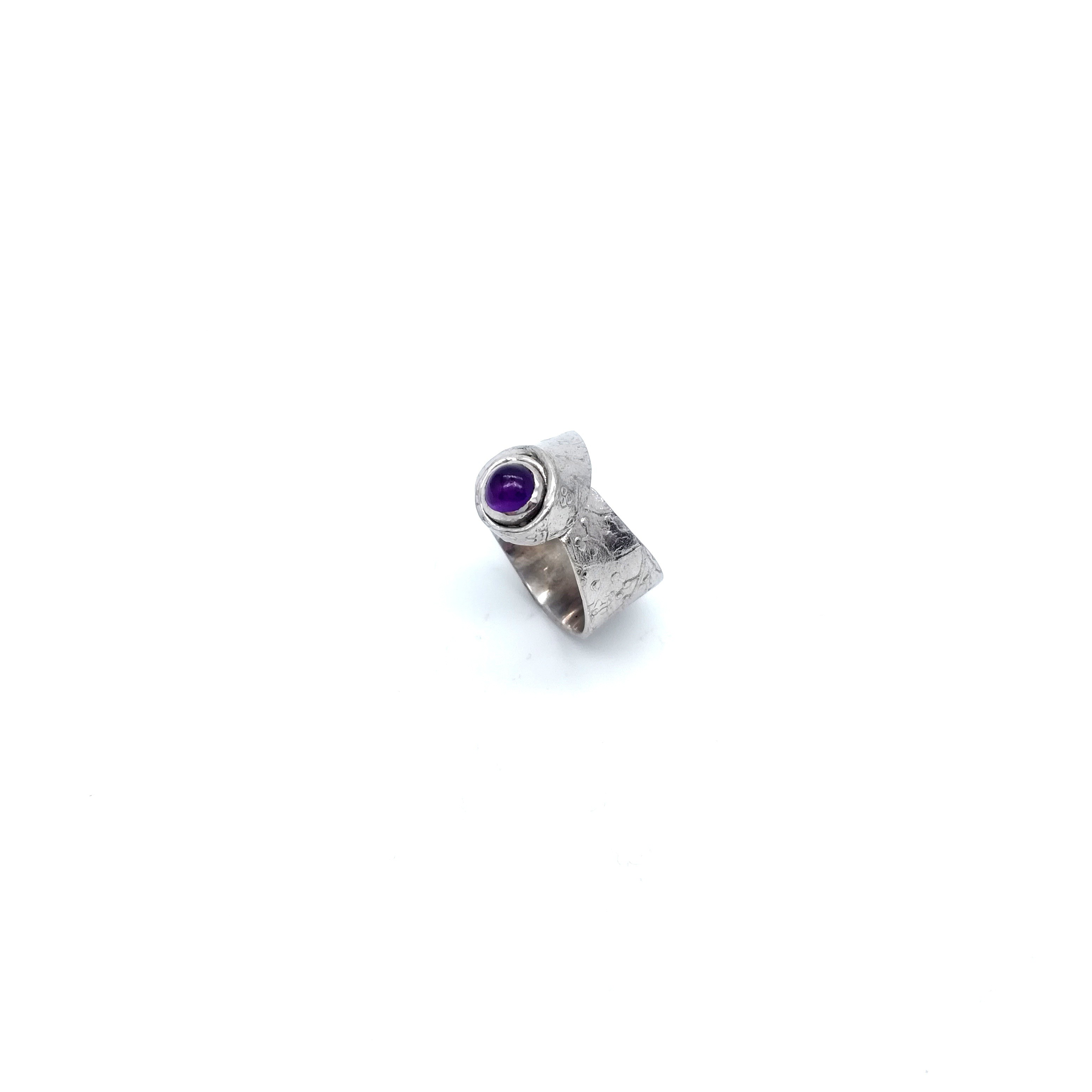 Silver ring 925 rhodium plated with semiprecious stone