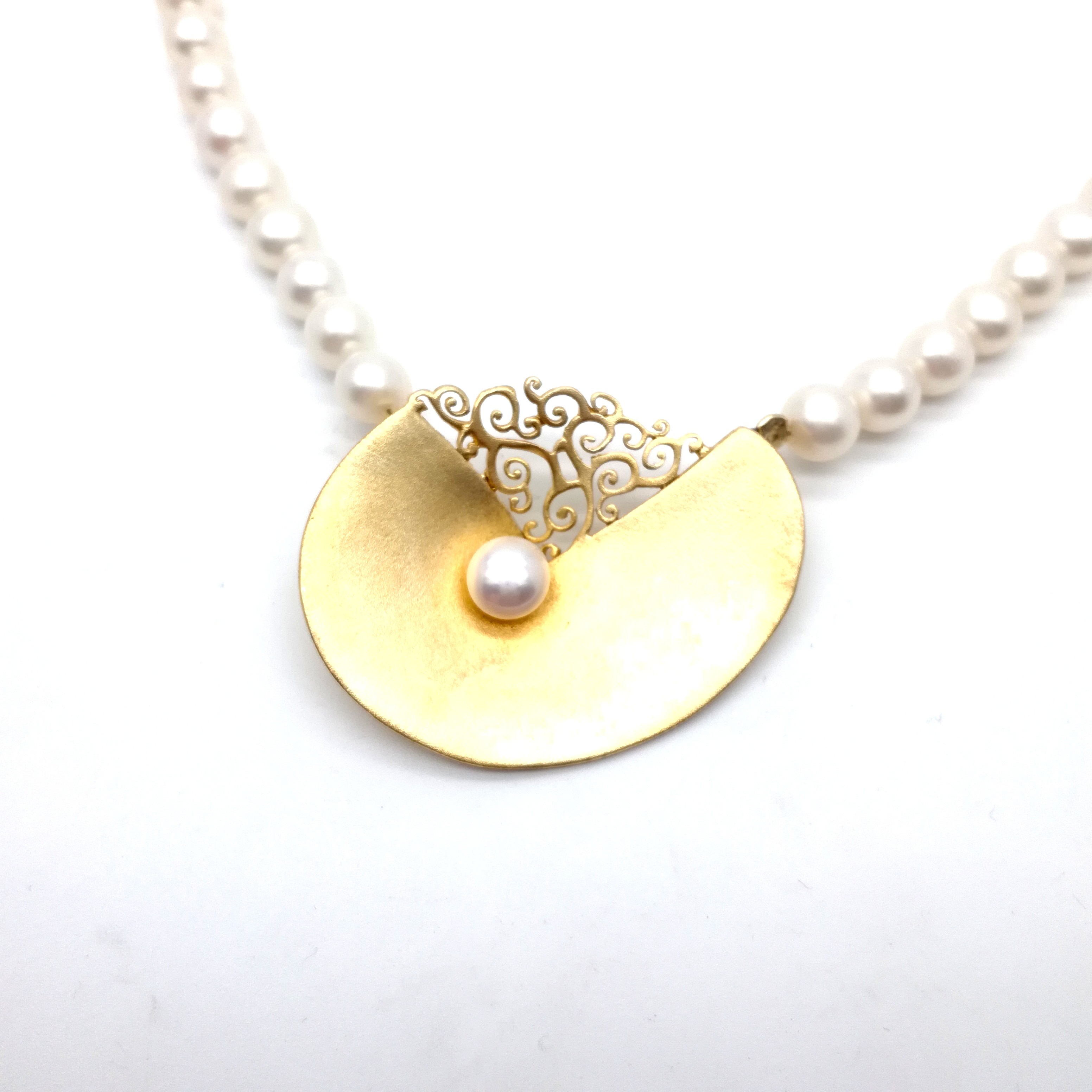 Silver necklace 925 gold plated with pearl