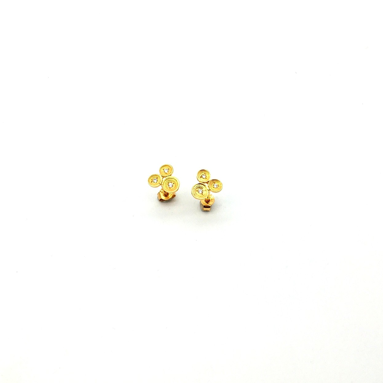White gold earrings14K or 18K with synthetic stones